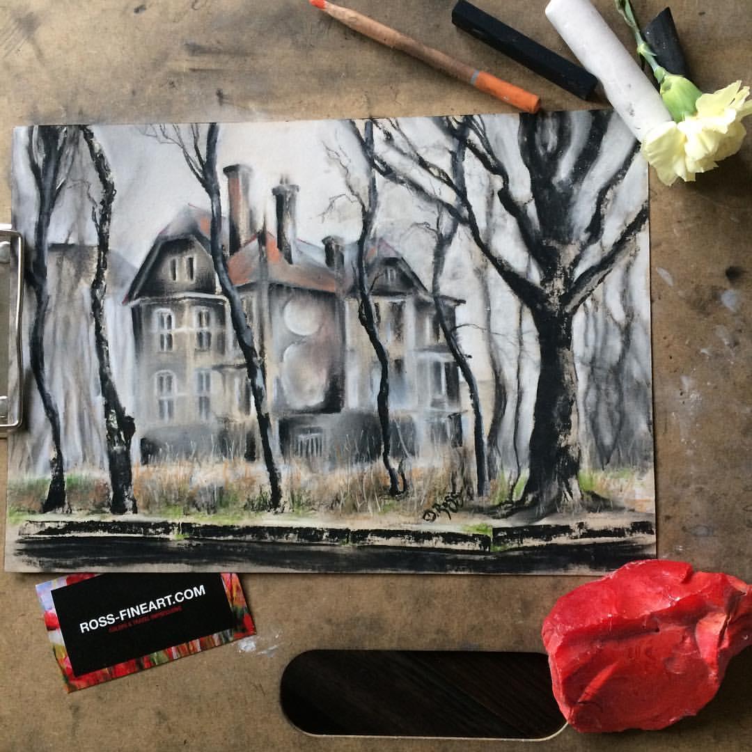 The Lost House on Duke-Albrecht-Alley (Thalmann Street), Kaliningrad. My Baltic Backyard – Dimitrie Ross. Charcoal, pastel
